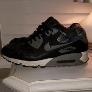 Nike Shoes - Nike Air Max '92